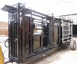 Unistock Mobile Manual Cattle Squeeze Crush